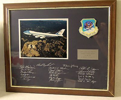 USAF 89th Airlift Wing Framed Photo Signed 1992 Air Force One