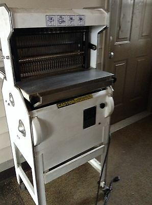 Commercial Oliver Bread Slicer Model 777 Working With 3 Trays