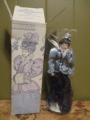 Avon Fashion of American Times  Porcelain Doll -Victorian 1987