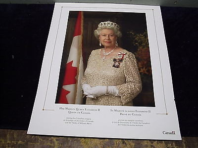 Queen Elizabeth Photo  Canada Goverment Issue Order of Canada