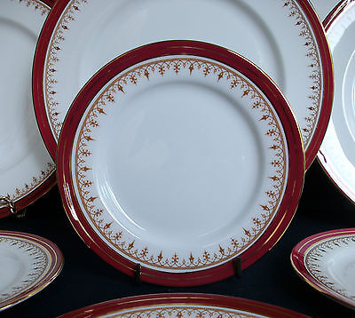 Aynsley Durham #1646- Maroon Smooth- Bread & Butter Plate (S)- Mint !!  Gilt !!