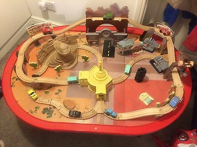 """Disney Cars """"lightning Mcqueen"""" Radiator springs Play Set And Play Table."""