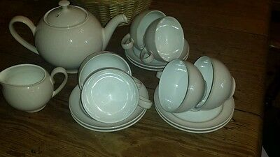 Denby Pearlised Tea Pot & 6 Cups And Saucers