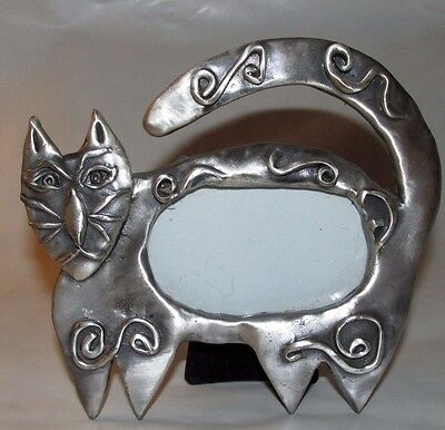 """Vintage 1997 Ashleigh Manor Pewter Tribal Cat Picture Frame 2.5"""" Kitty"""