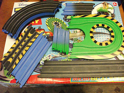 Micro Scalextric - 14 Pieces Of Spare 'toy Story' Track With Hairpin Bend
