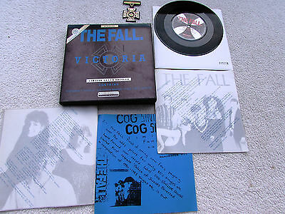 """The Fall 7"""" Box Set Victoria Uk Beggars Banquet 3 Inserts Inner Badge Numbered"""