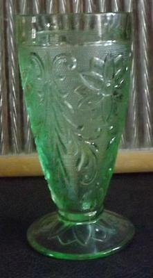 Tiara Glass Chantilly Green Footed Iced Tea Glass