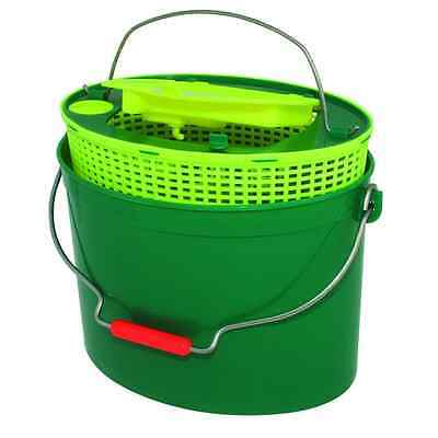 Buldo Oval Live Bait Bucket with Aerator Lid