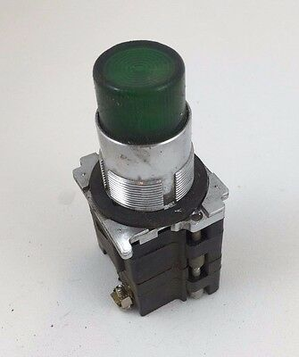 Cutler-Hammer Green Pilot Light Push Test Missing nut 120VAC 10250T221LGP06