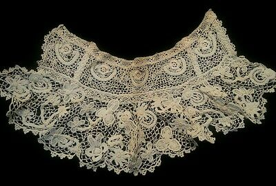 Antique IRISH crochet Lace Boned Collar IMPERFECT for Collector