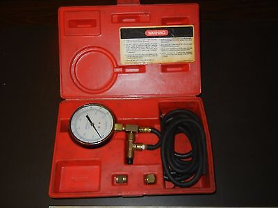 Snap On Tools Fuel Injection Pressure Gauge Set MT337A with case Mechanic tool