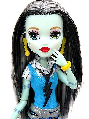Monster High - Frankie Stein - Doll - Articulated - Fashions - Clothes - Shoes