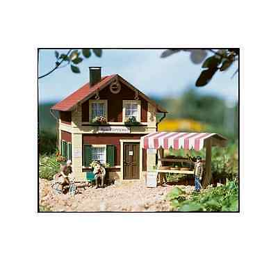Piko G Scale Beate's Pottery Shop With Stand | Bn | 62057
