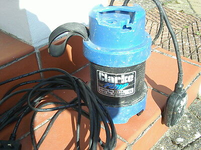 submersible pump ideal for pond cleaning and flooding