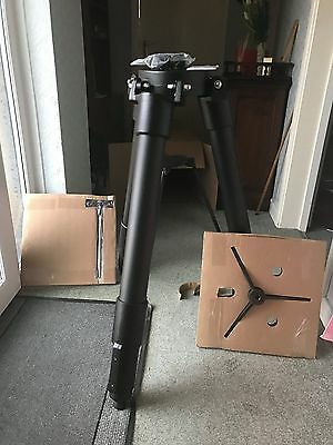 Meade Giant Field Tripod, Boxed unopened