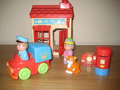 Early Learning Centre Happyland Post Office+sounds, Delivery Van+Figures VGC