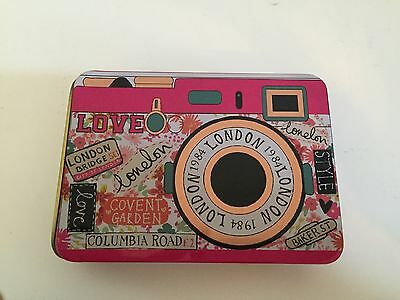 Accessorize Camera Make Up Tin - Brand New/Never Used - Eye-Lip-Cheek