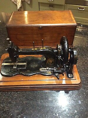 Lovely Bradbury Handcranked Fiddle Base Sewing Machine approx 1886