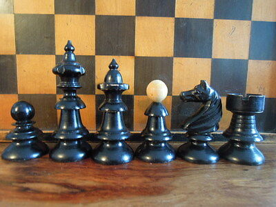 Antique Vienna Coffee House Chess Set 19.c/Schachfiguren aus Holz Antik 19. Jh.