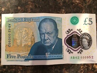 New Bank of England Five Pound Note -£5. Serial AB42