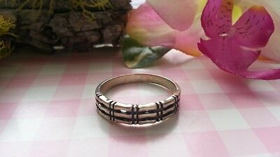 Beautiful Skeleton Rows Embraced Solid Band Ring Sterling Silver*Size 5,6,9*C014