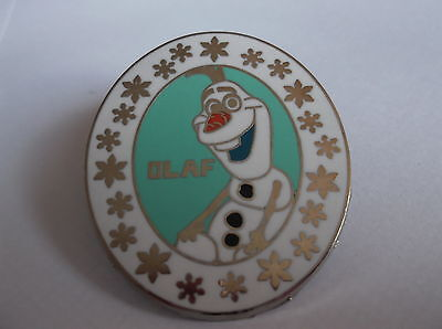Disney's Olaf From Frozen Pin  Badge