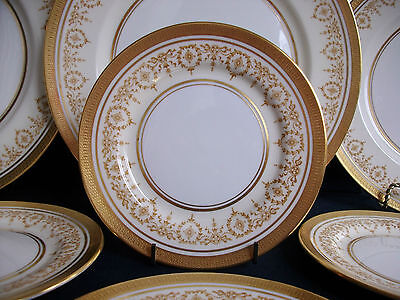 AYNSLEY GOLDEN DOWERY #7892-SMOOTH (1985+) BREAD PLATE (s)- RARE! MINT! GILT!