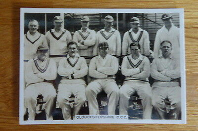 Tobacco Card Ardath Cricketers  Gloucestershire Team 1938