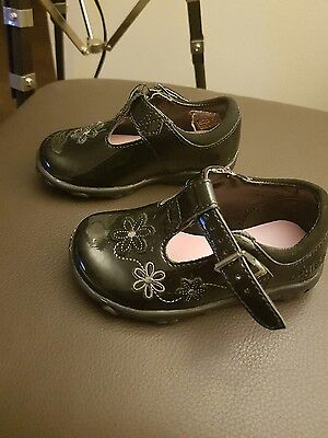 clarks infant girls shoes size 3.5 G