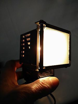 video camera top light with D tap, Arri,Sony,Red,Canon,Panasonic