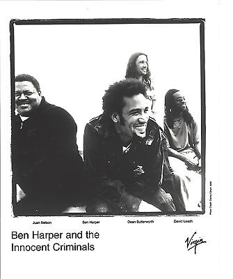 Ben Harper -  8x10 B&W  Virgin Records Media Photo from 2000