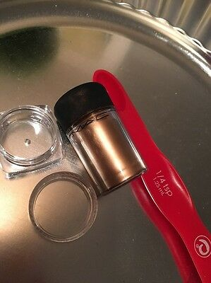 MAC Pigment (Rose Gold ) 1/4 tsp. In New Sample Cup (New!)