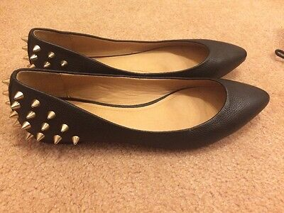 Nearly New Country Road Stud Leather Ballet Flats 37