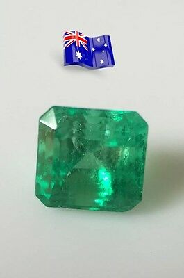 Natural colombian emerald  loose gemstone emerald cut