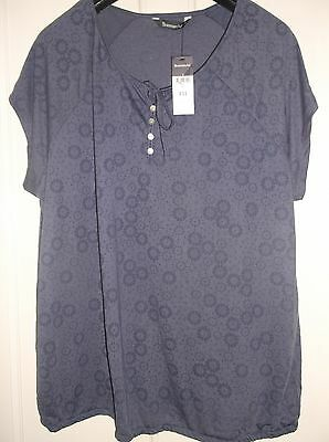 ladies lovely blue flowered BONMARCHE top, NEW, size 24