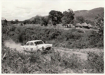 FORD ZEPHYR SALOON RALLYING, CAR No.85, REG No.KGW 487, PHOTOGRAPH.