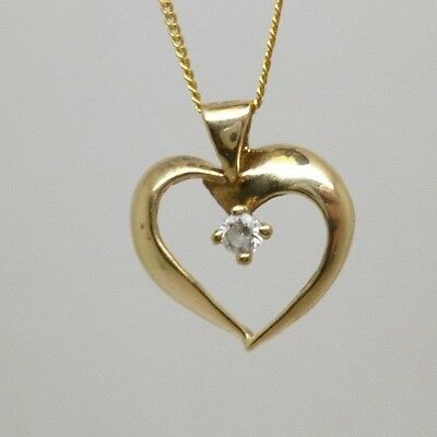 """VALENTINES 9ct Yellow Gold Stone Set Open Heart Pendant & 18"""" Chain Necklace"""