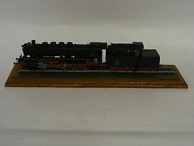 LOCOMOTIVE ENGINE 50 131 ON TRACK IN PERSPEX BOX  () Saint Francis Hospice