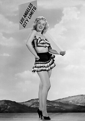 Sexy Photo 8.25x11.75 Marilyn Monroe mini skirt promoted Los Angeles #068