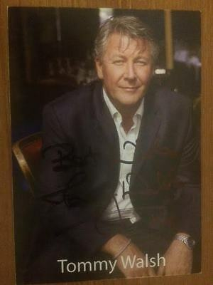 """Tommy Walsh Television Presenter Hand Signed Promo Photo Card 6"""" X 4""""."""