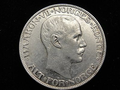 1917 Norway 2 Kroner Silver Coin Looks XF Km #370