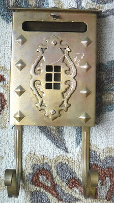 Vintage Heavy Wall Hanging  Brass Finish Mailbox W/newspaper Holders