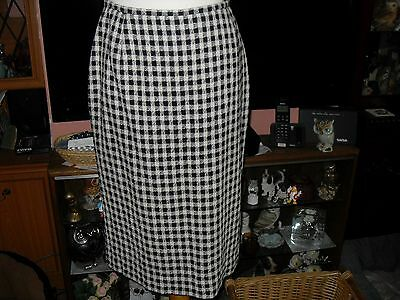 Ladies Jaeger blue and white checked skirt size 14