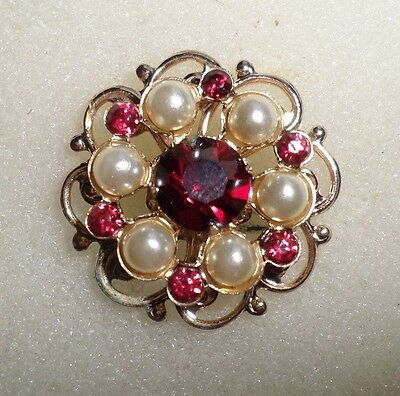 STUNNING VINTAGE VALENTINE/FLORAL LAPEL PIN/Brooch w/ red rhinestones,faux pearl