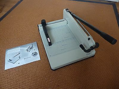 Heavy Duty A4 Paper Guillotine Page Cutter Trimmer Machine Office Industrial New