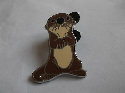 Disney Otter From Finding Dory Pin Badge