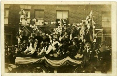 London - Carnival Float - Real Photo A Arnold, Clapham  Photographer Pre 1939.