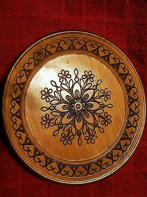 """Hand Carved Wooden Polish Folk Art Plate 7 1/4"""" with hearts border"""