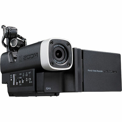 Zoom Q4 Handy Video Recorder Video Camera
