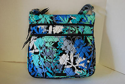 New With Tags Vera Bradley Camofloral Triple Zip Hipster